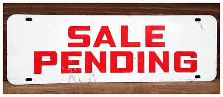 Sale_pending_1_r